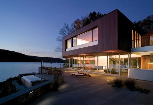 Аренда элитного дома у озера