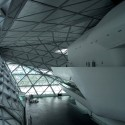 Guangzhou Opera House - Zaha Hadid  Sharwe