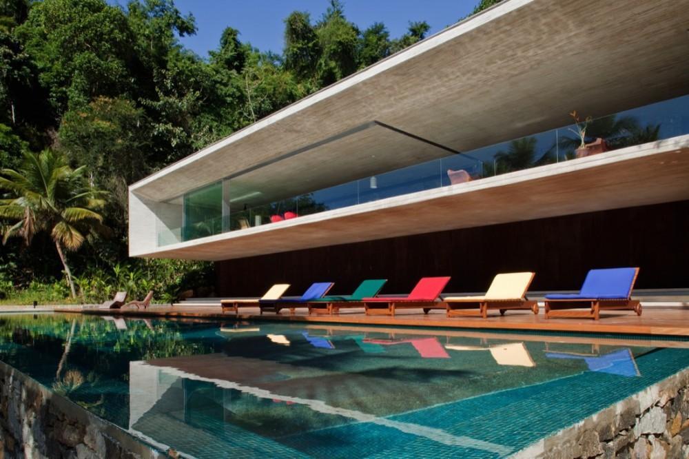 Paraty House - Marcio Kogan © Nelson Kon