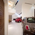 Autostella Showroom - Supermachine Studio © Wison Tungtunya