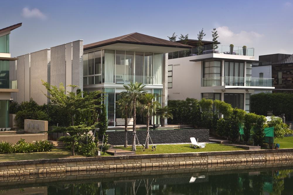 Sun Cap House - Wallflower Architecture + Design © Albert Lim