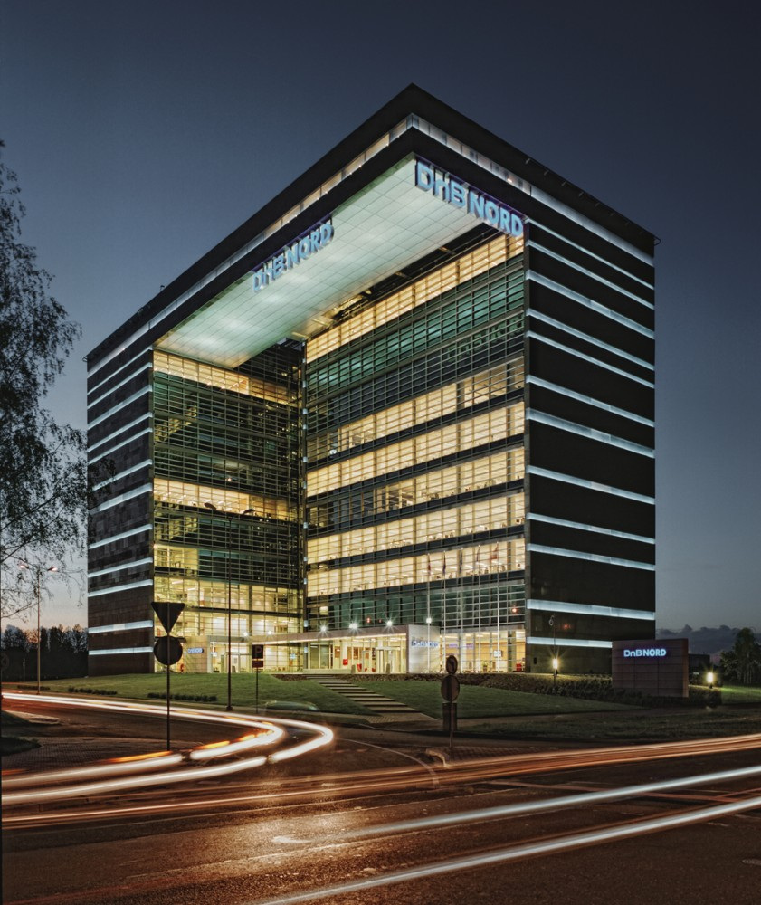 Architecture photography dnb nord office building for Office design archdaily