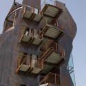 Samitaur Tower - Eric Owen Moss Architects © Courtesy of Eric Owen Moss Architects & Tom Bonner Photography
