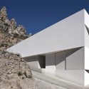House on the Castle Mountainside - Fran Silvestre Arquitectos © Fernando Alda