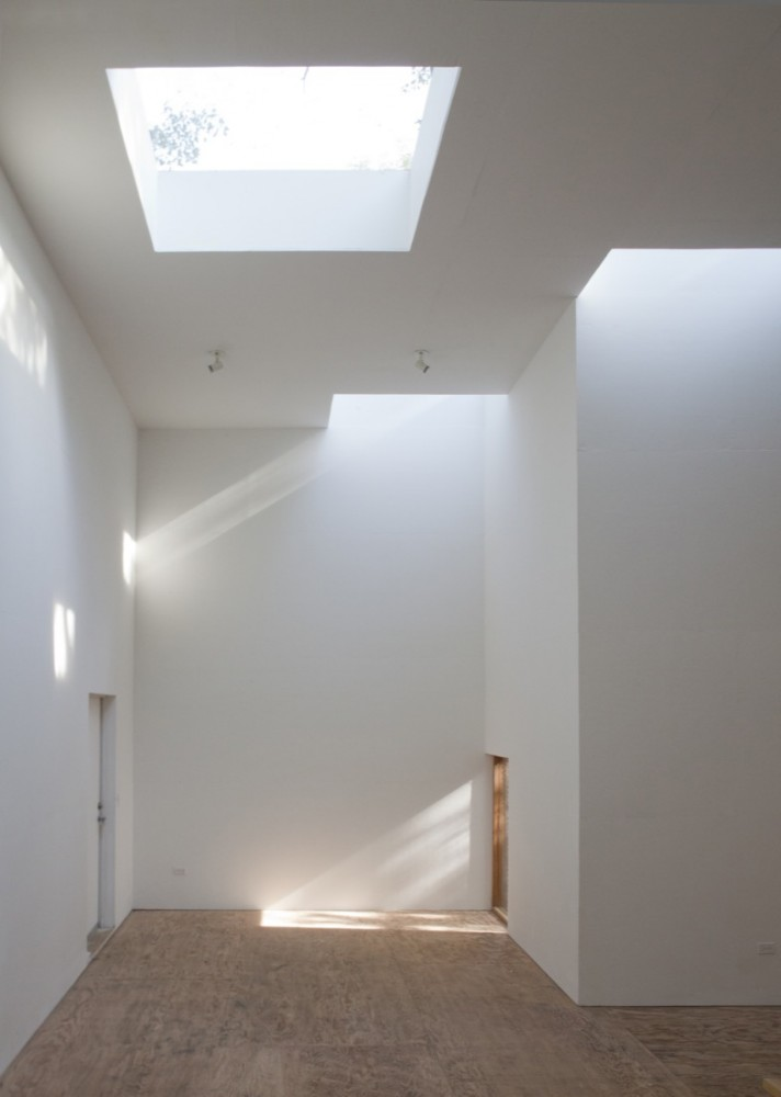 Architecture photography t space steven holl architects 82158 for Lighting architectural interiors