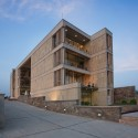 Wolkem Office Building / Vir.Mueller Architects © Andre J. Fanthome