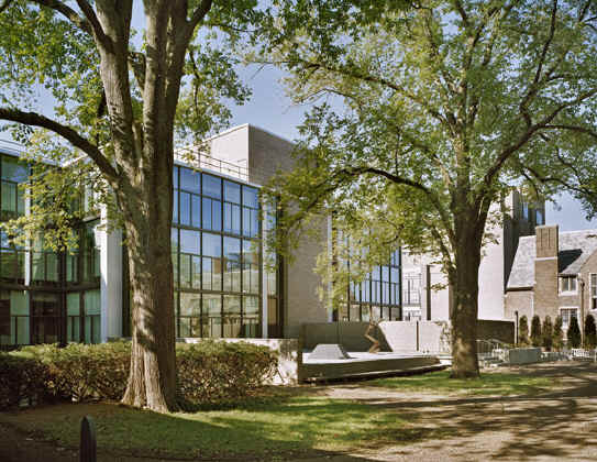 AD Classics: Yale University Art Gallery / Louis Kahn