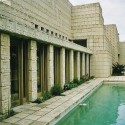 AD Classics: Frank Lloyd Wright - Ennis House © Flickr- user:curls q