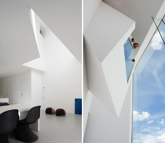Narrow House / Bassam El-Okeily