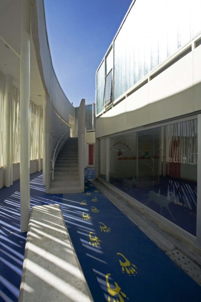 El Porvenir Social Kindergarden / Giancarlo Mazzanti