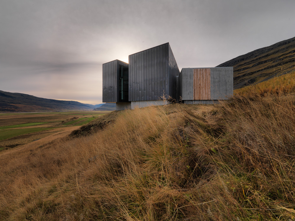 Snaefellsstofa Visitor Center / ARKS architects