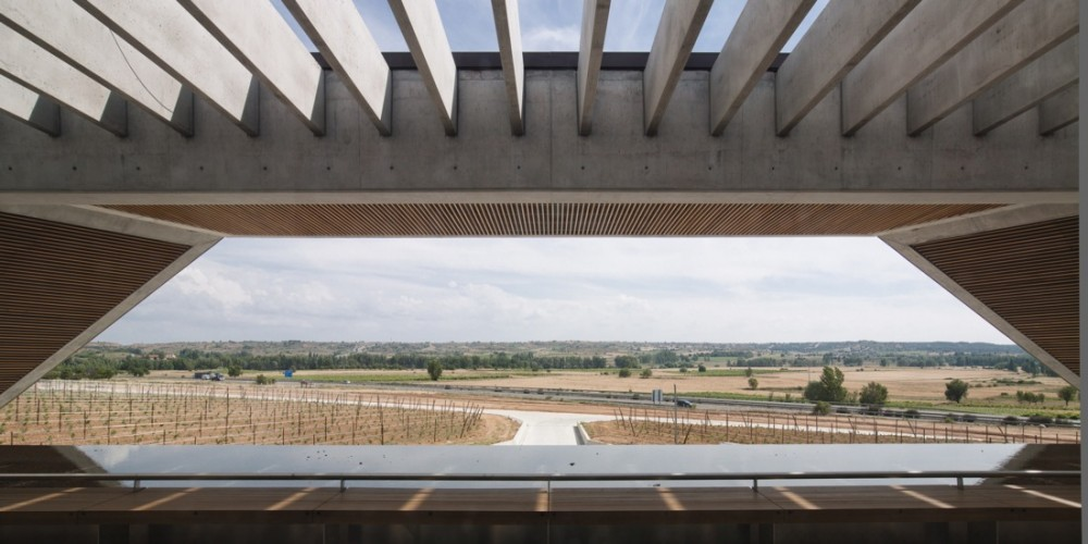 Faustino Winery / Foster + Partners