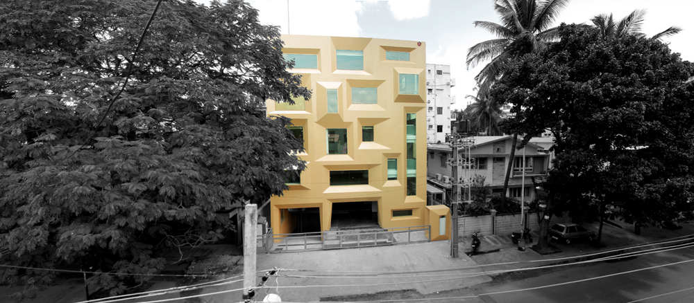 Jewel Box In Bangalore / SDeG