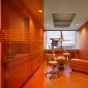 Implantlogyca Dental Office Interiors / Antonio Sofan Architect LEED AP © Todd Mason Halkin Photography