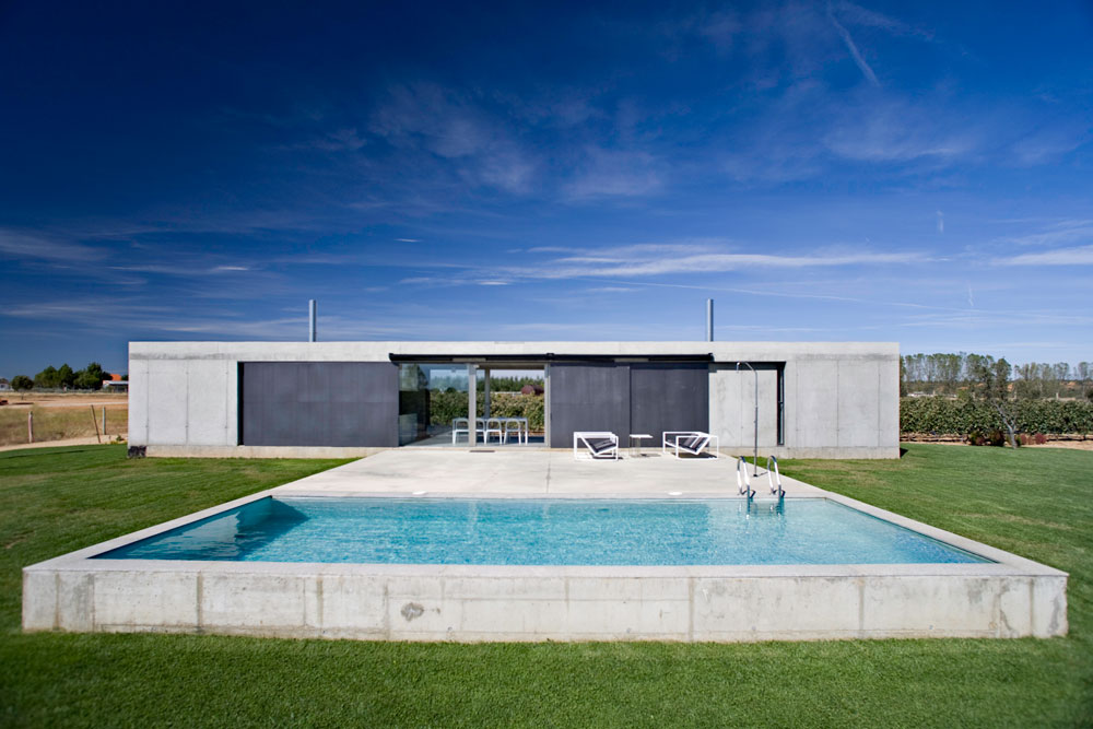 Country House In Zamora / Javier de Antón