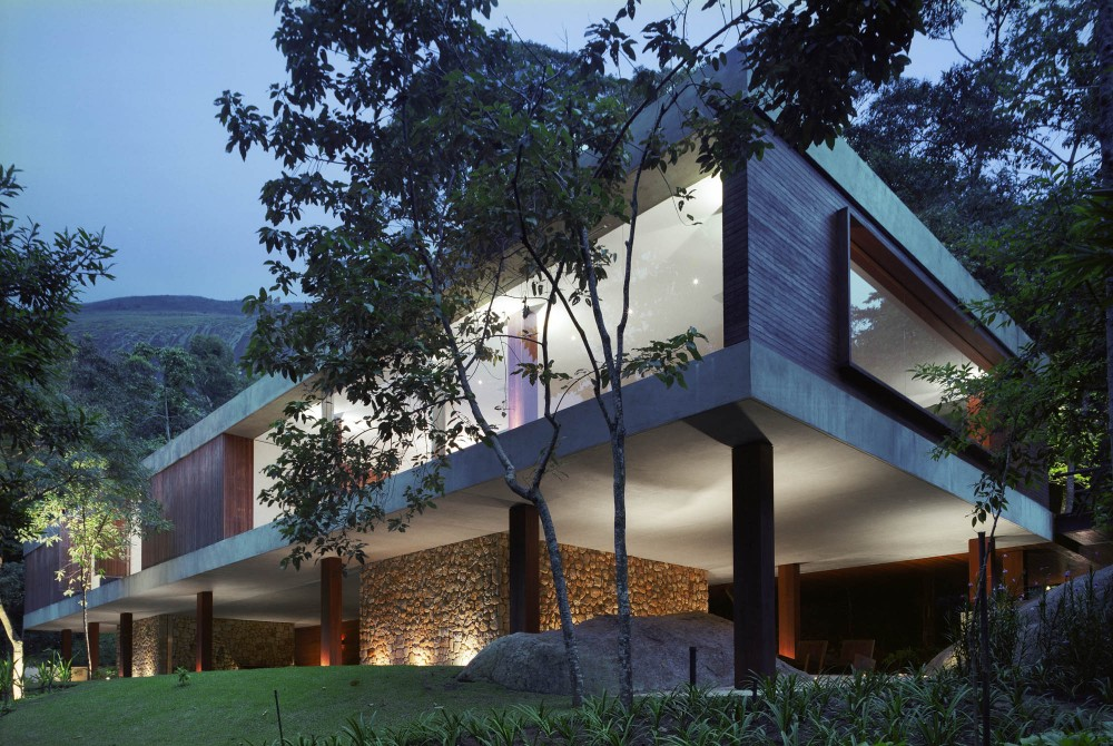 BR House / Marcio Kogan