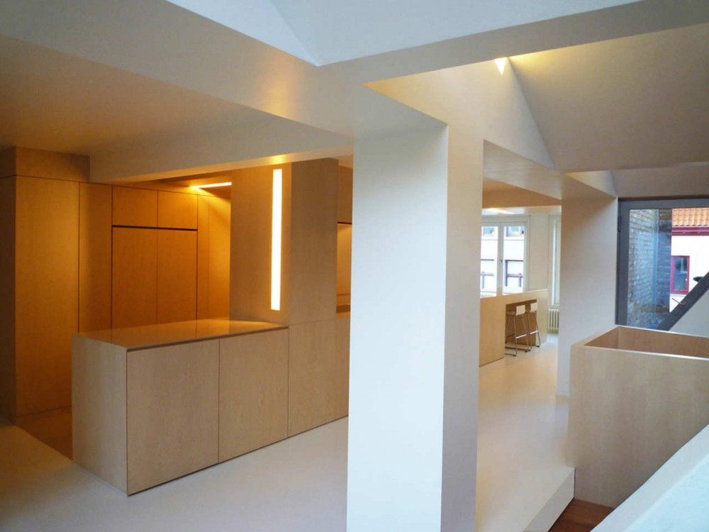 Renovation In Bruges / ROOM &#038; ROOM