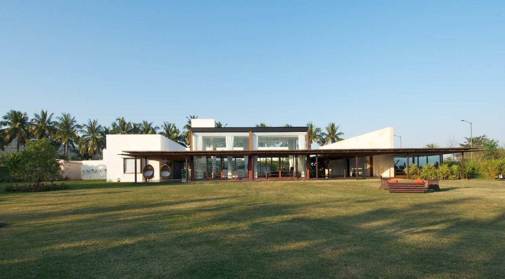 Khadakvasla House / SPASM Design Architects