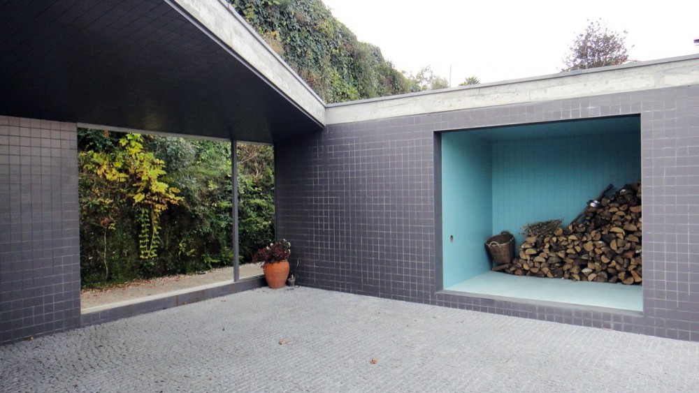 Garage & Garden Facilities / Nuno Castro