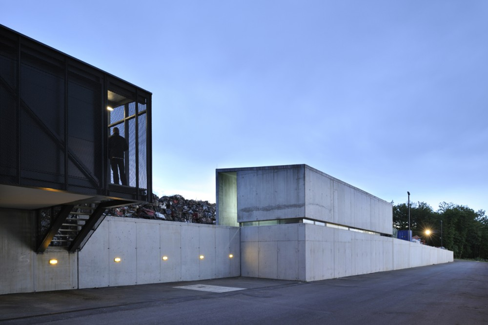 Metal Recycling Plant / Dekleva Gregoric arhitekti