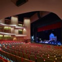The Durham Performing Arts Center / Szostak Design © Tom Arban