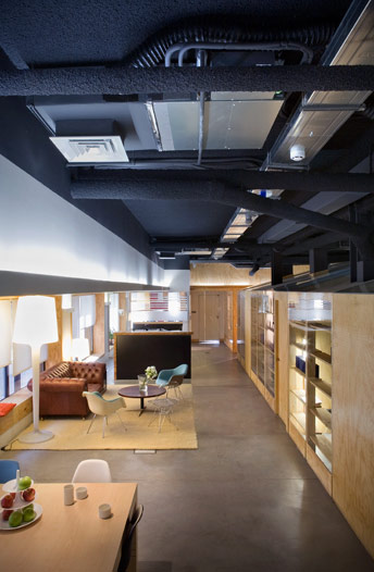 Film And TV Production Offices / Madland Estudio