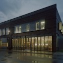 Gentry Public Library / Marlon Blackwell Architect © Timothy Hursley