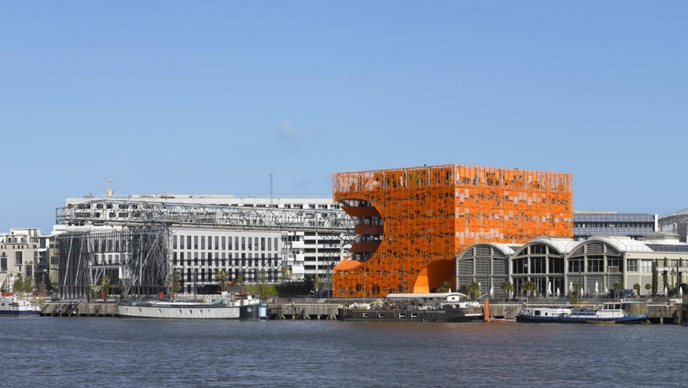 The Orange Cube / Jakob + Macfarlane Architects