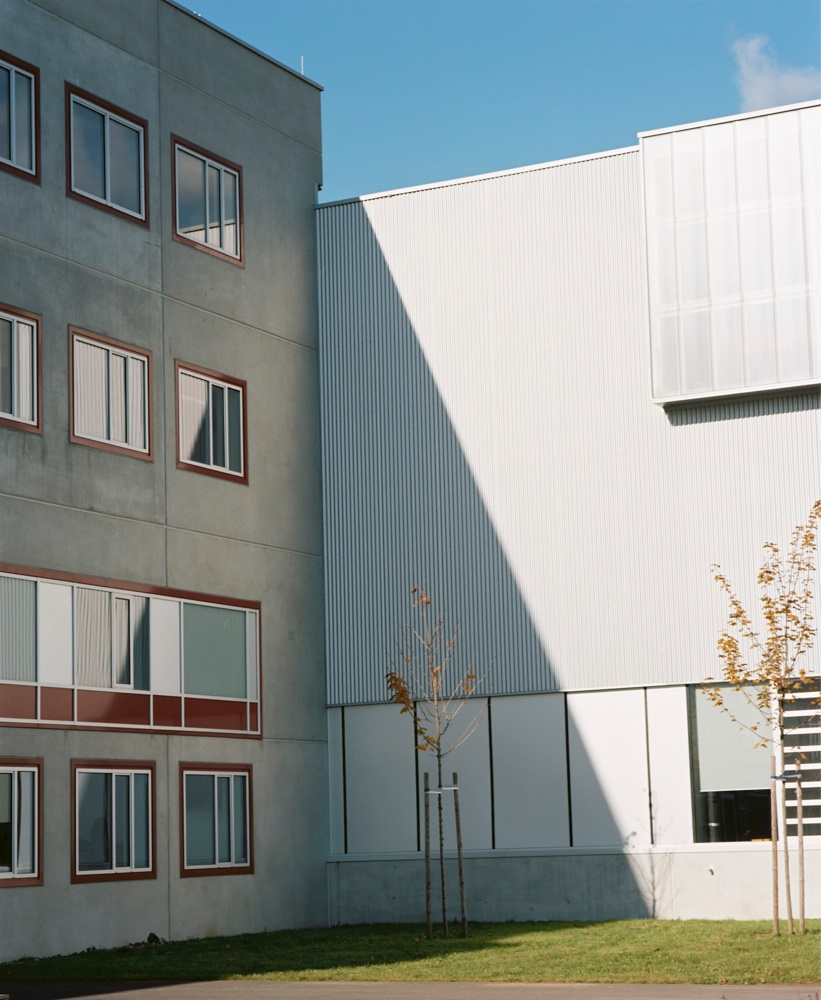 New Factory Building / Peter Zinganel