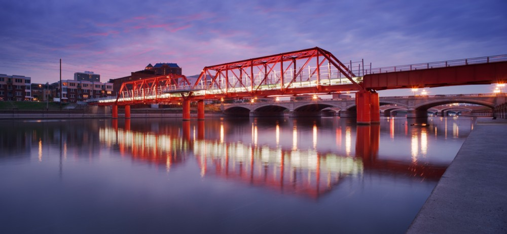 Des Moines Union Railway Bridge / Safdie Rabines Architects