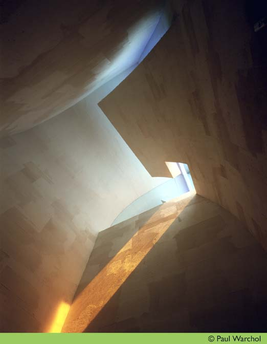 AD Classics: Chapel of St. Ignatius / Steven Holl Architects