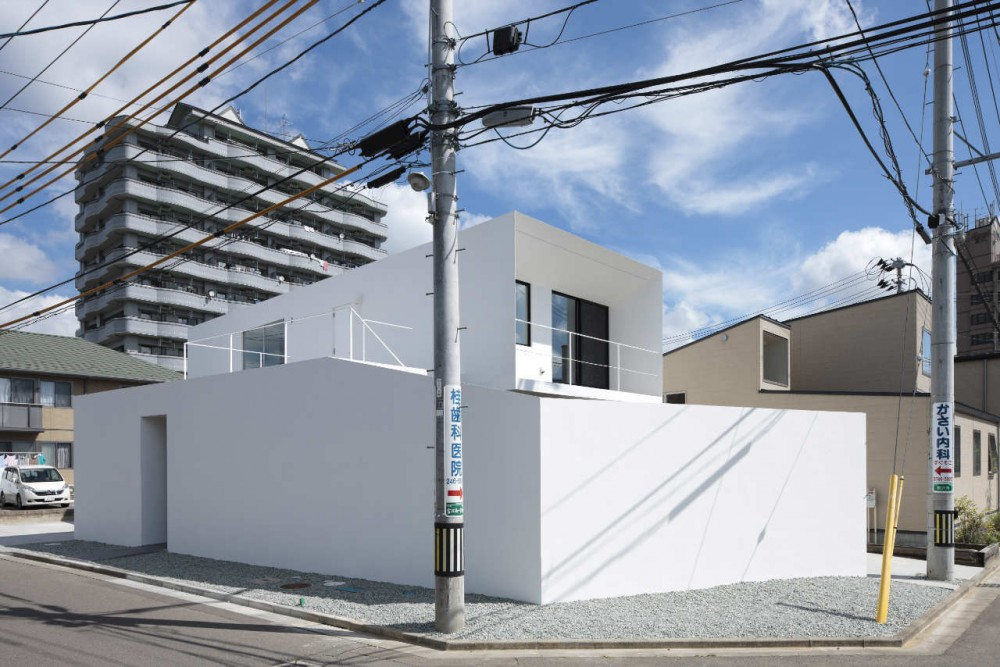 Edge / Apollo Architects & Associates