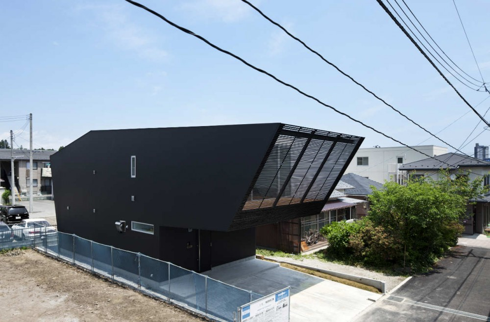 Lift / Apollo Architects & Associates