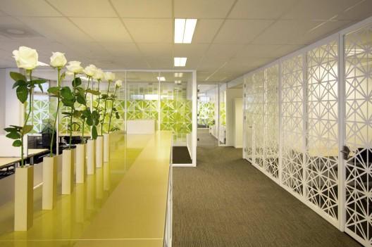 دکوراسیون داخلی دفتر مدرن بستورنراد