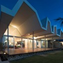 Florida Beach House / Iredale Pedersen Hook Architects © Peter Bennetts