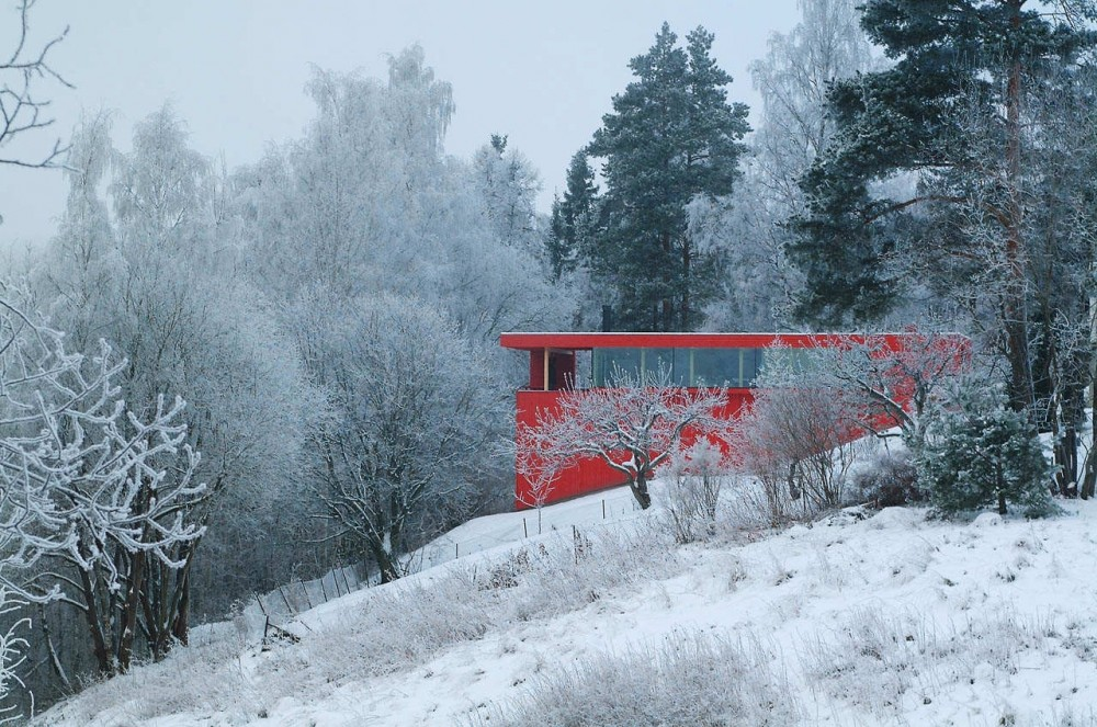 Red House / JVA