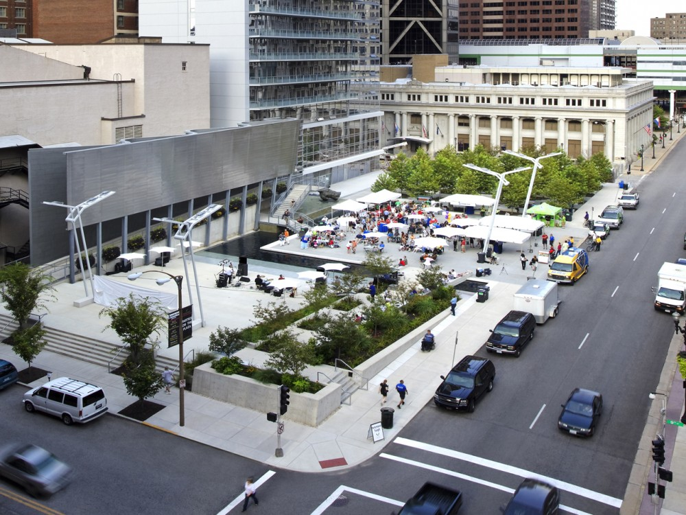 Old Post Office Plaza / Baird Sampson Neuert Architects