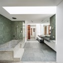 The White House Prahran / Nervegna Reed Architecture  John Gollings