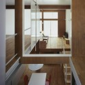 House Of Continuous Wall / Akitoshi Ukai/AUAU  Suzuki Ken&#039;ichi