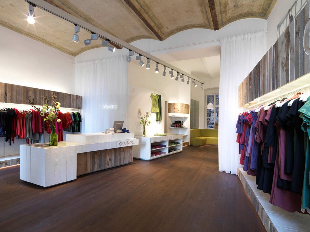Anukoo Fair Fashion Shop / Atelier Heiss Architekten