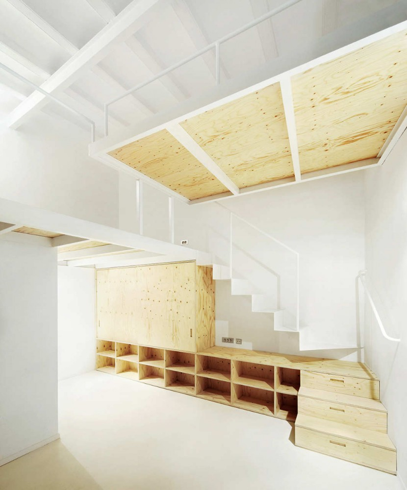 Housing in the Born Refurbishment / ARQUITECTURA-G
