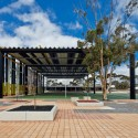 Caritas College Junior School External Covered Area / Tridente Architects © Simon Cecere
