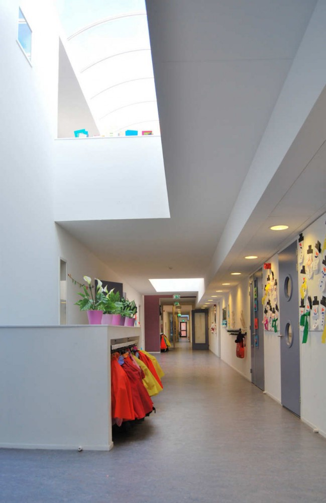 Multifunctional School Building Tesselseveld / HVE architecten