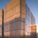 Meinel Optical Sciences Building / richärd+bauer © Bill Timmerman