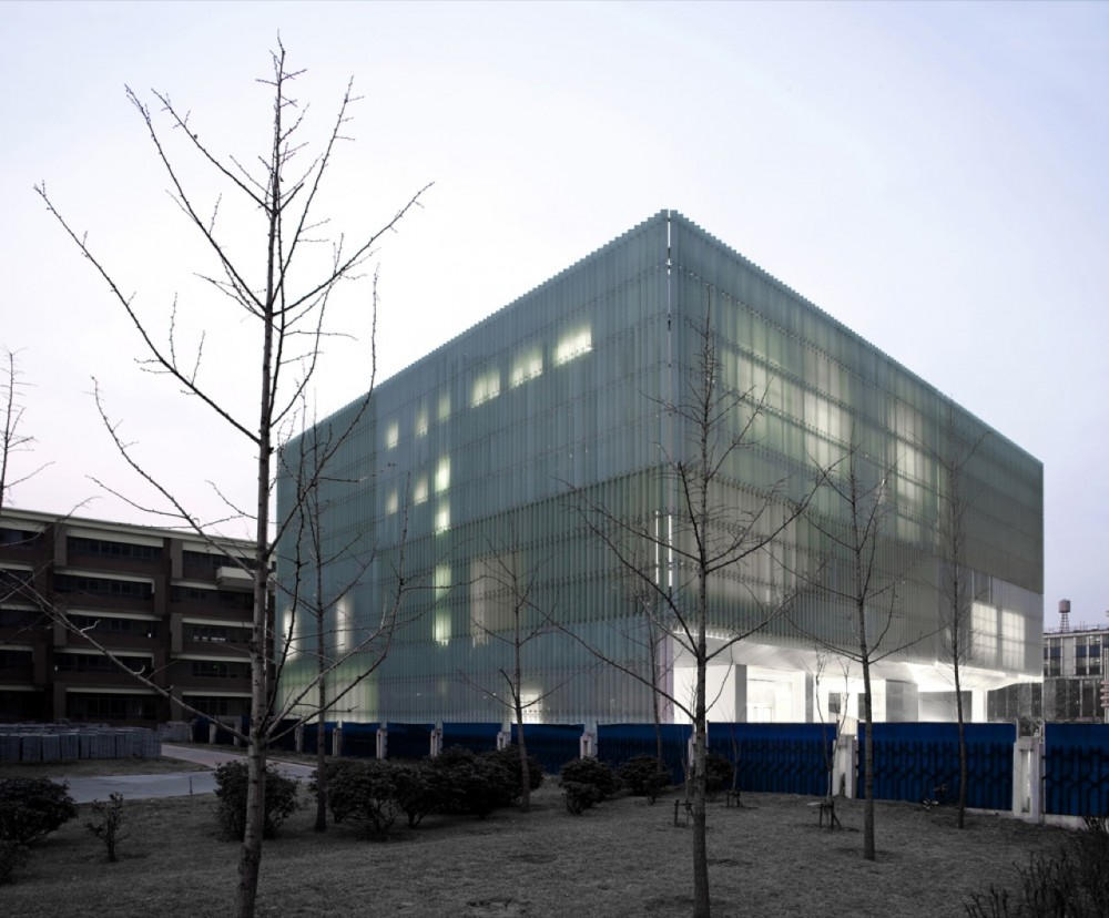 Zhengdong District Urban Planning Exhibition Hall / AZL architects