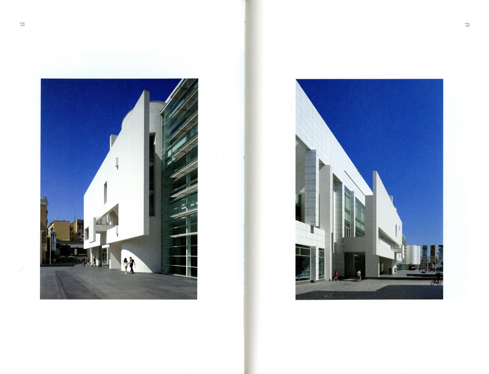 Win three signed copies of Richard Meier&#8217;s new book: &#8220;Museu d&#8217;Art Contemporani de Barcelona&#8221;