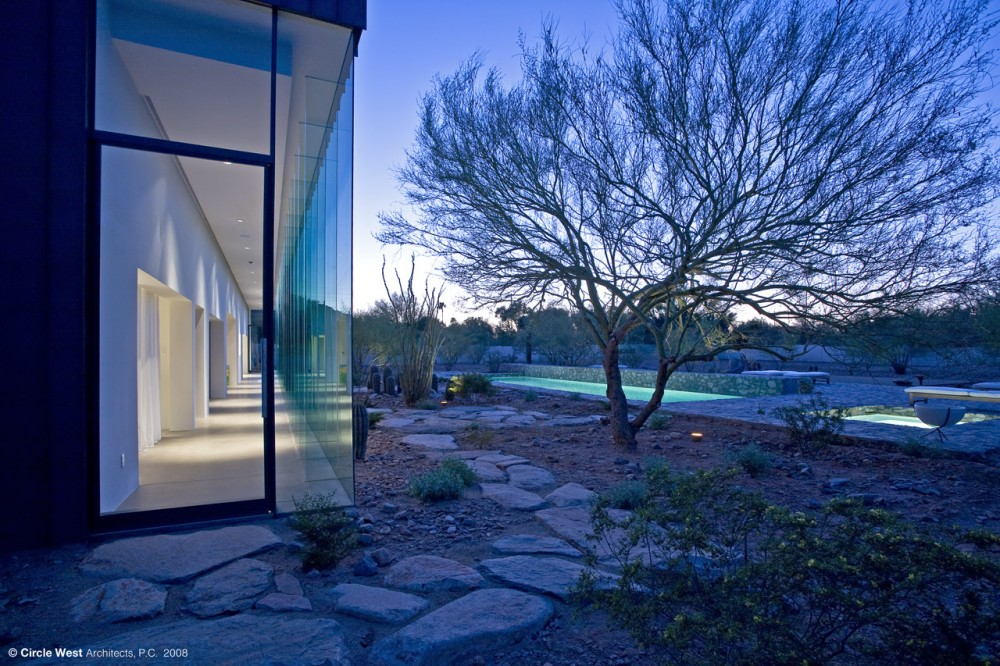 Desert House / Circle West Architects