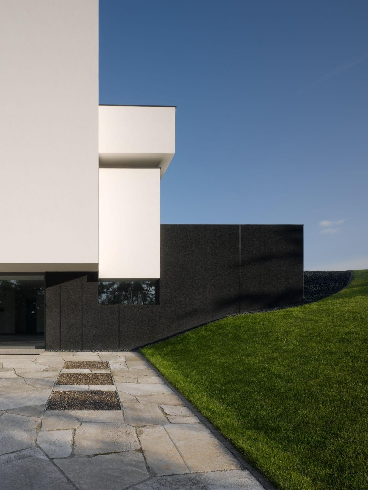 Oberen Berg House / Alexander Brenner