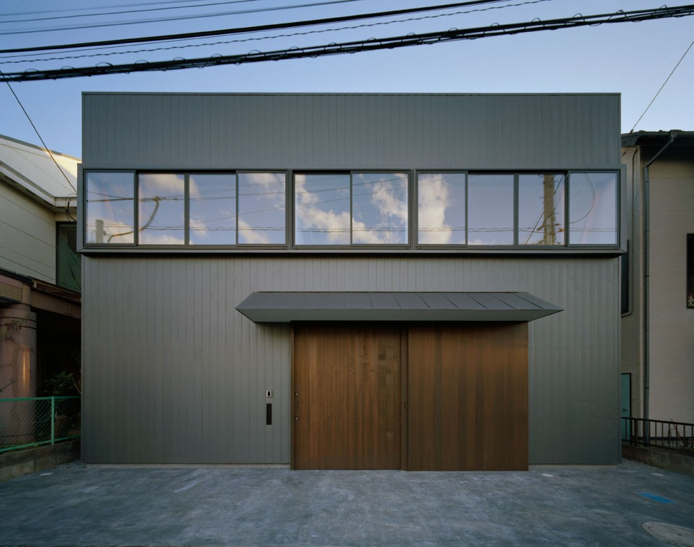 House in Utsunomiya / Soeda and Architects