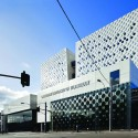 The Swinburne University of Technology Advanced Technologies Centre / H2o architects Pty  Trevor Mein